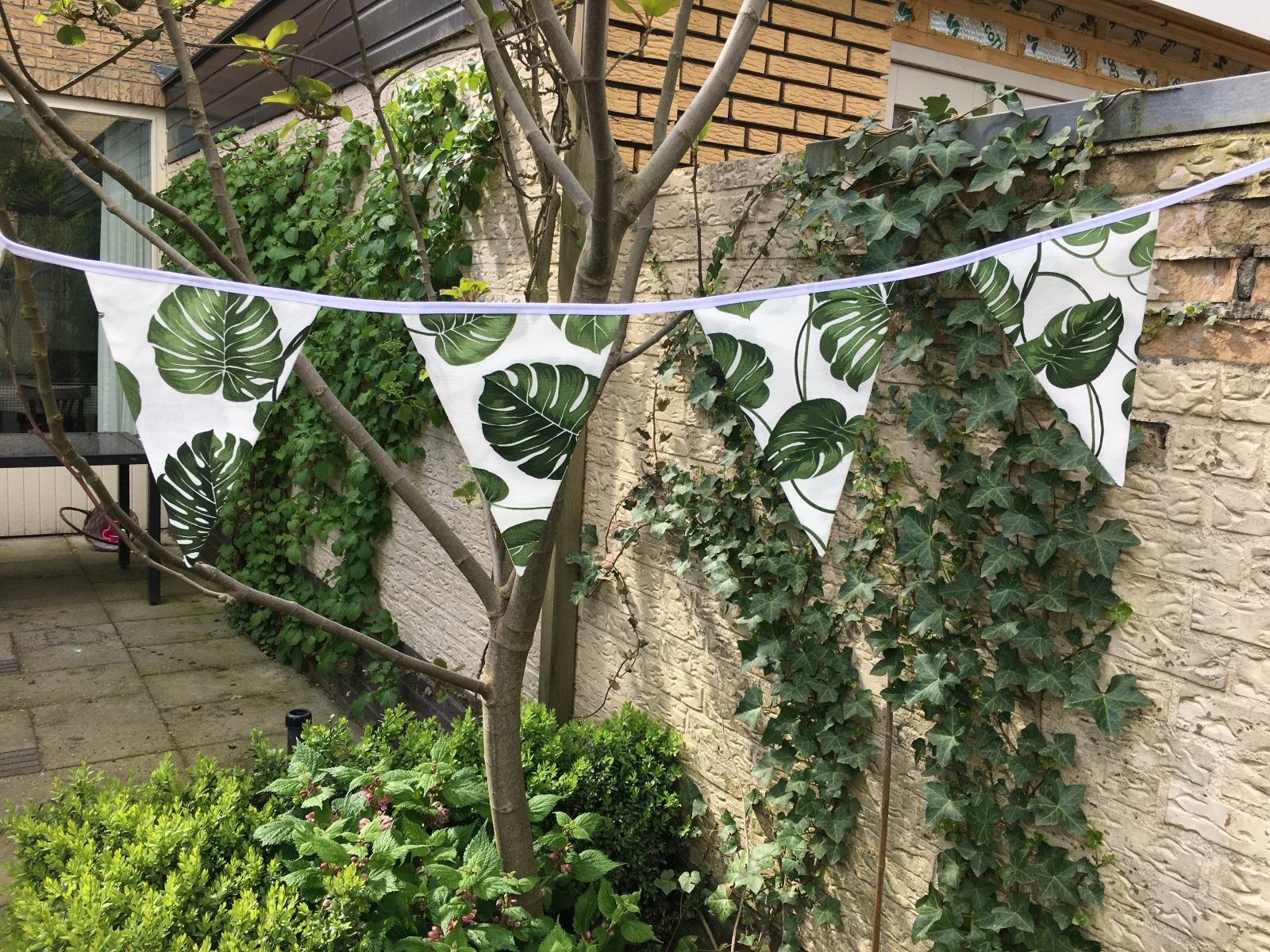 Slinger Green Leaves4
